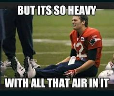 Everybody knows Who Tom Brady is? Also he is popular with his tricky cheating on game. Here are the viral collection of top 26 tom brady memes you must see. Funny Football Memes, Funny Sports Memes, Soccer Humor, Basketball Memes, Nba Memes, American Football Memes, Eagles Memes, Broncos Memes, Cowboys Memes
