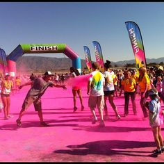 in your face #colormeradfontana. Credit: instagram @drewness
