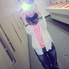 Hijab Ootd white and pink Beautiful Girl Makeup, Beautiful Hijab, Girly Pictures, Girly Pics, Hijab Dpz, Street Hijab Fashion, Muslim Girls, Cute Girl Photo, Girl Swag