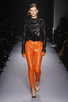 Lanvin Autumn/Winter 2018 Ready-To-Wear Collection Short Jumpsuit, Jumpsuit Dress, Lanvin, Skin To Skin, Clothes Horse, Leather Fashion, Ready To Wear, Fashion Show, Leather Pants