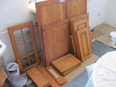 Komoda Pomysłów: Jak pomalować meble kuchenne? Entryway, Relax, Furniture, Home Decor, Entrance, Decoration Home, Room Decor, Door Entry, Mudroom