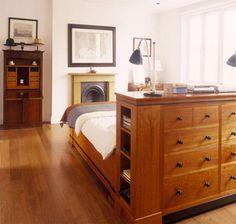 Interior Design: Neo-gothic house in London - interior design by architect Barbara Weiss