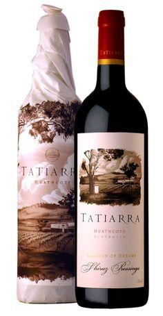 Wine Bottle Design, Wine Label Design, Wine Bottle Labels, Wine And Liquor, Wine Drinks, Green Label, Wine Logo, Alcohol Bottles, Cheap Wine