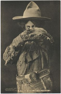 Annie Oakley taken in 1907 by George B. Cornish, Arkansas City, Kansas