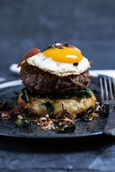 Worcestershire Sauce, Hamburger, Eggs, Diet, Breakfast, Ethnic Recipes, Food, Clothes, Outfit