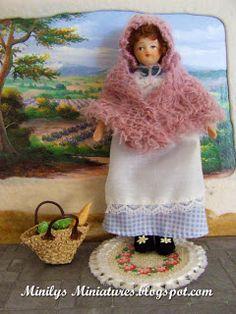 Minilys Miniatures crochet. Custom doll 1:12. Artisan Miniatures.