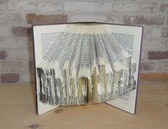 gefaltetes Buch  Bibliothek // Bookfolding // von Buechertruhe