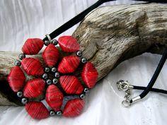 Beautiful paper beads