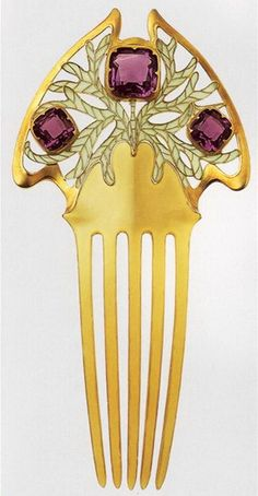 Parisian Chic Art Nouveau jewelry. Manufacturer: brothers Wever (Vever)    @Barbara Contreras    Hair ornament (comb)