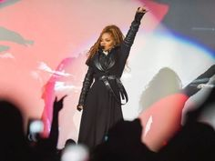 cause Queen Janet slays