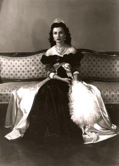 Queen Fawzia of Iran ~ The Royal Couturier: The Royal Tidbits : Princess Fawzia The Fashionist...