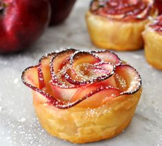 Apple Cake in Rose Shape (Bánh Táo Hoa Hồng) #Vietnamese [puff pastry, red apples, apricot jam, lime juice]