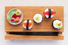 These Sushi Cupcakes by Brit & Co. are Simply Adorable #food trendhunter.com