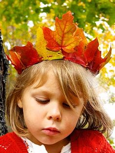 Maple Leaf Crowns tutorial - simple and elegant <3 reminds me of the Fairy Minister of Autumn in the Tinker Bell movies