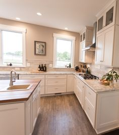 Custom Kitchen Cabinets Can Add An Entirely New Look To A Living - Kitchen remodeling annapolis md