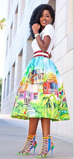 Folake Huntoon looks stunning in her ensemble. Need I say more????...