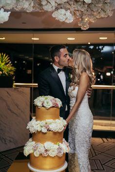 Three epic gold tiers Wedding Cake Inspiration, Beautiful Wedding Cakes, Rose Wedding, Most Beautiful, Wedding Photography, Wedding Dresses, Lace, Gold, Fashion