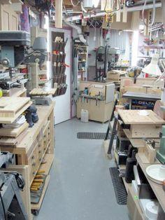 Visiter ce blog :(https://atelierdubricoleur.wordpress.com) pleins d'astuces, tutos, projets de menuiserie, un vrai lieu de partage # Fantastic blog for DIY (woodworking hobbist) : tutos, tips and tricks (in French)