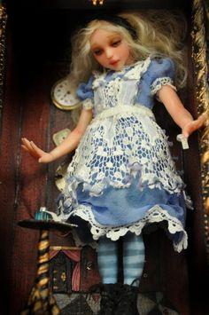 1000 Images About Alice In Wonderland Art Dolls On