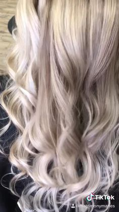 #blondehairstyles #blondehair #blondehaircolor #blondeombre #blondebalayage #hairstyles #hairgoals #hairtransformation Ice Blonde Hair, Icy Blonde, Blonde Highlights, Volume Hairstyles, Short Hair With Layers, Grunge Hair, Hair Videos, Dyed Hair, Wedding Hairstyles