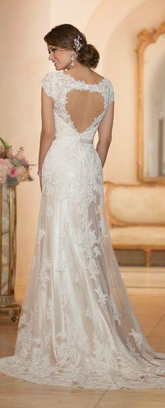 Keyhole back. Stella York Spring 2015 Bridal Collection | bellethemagazine.com