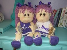 Twin knitted dolls. Knitted Dolls, Twins, Teddy Bear, Animals, Animales, Animaux, Teddy Bears, Animal, Animais