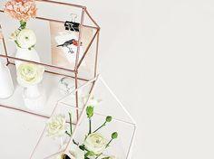 DIY-Anleitung: Dekohaus für Kerzen und Blumen bauen, Wohndeko / DIY-tutorial: crafting a decor house for flowers and candles, home decor via DaWanda.com