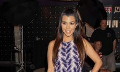 Celebrity News: Kourtney Kardashian & Justin Bieber Hang at Club After Fling #kourtneykardashian #justinbieber #celebritynews #celebrityfling