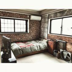 Japanese Interior Design, Industrial Interior Design, Room Interior, Loft Design Bedroom, Bedroom Design, Loft Design, Concrete Interiors, Interior Deco, Brick Interior