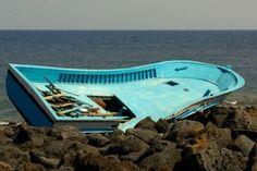 Due barconi sono stati avvistati nella notte a largo della coste siciliane