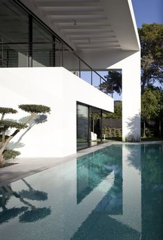 contemporary-bauhaus-on-the-carmel-by-pitsou-kedem-architects07