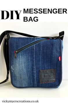 Sew a professional bag with this free messenger bag pattern · vicky myers creations - 17 diy Bag crafts ideas Denim Bag Patterns, Bag Patterns To Sew, Sewing Patterns Free, Free Sewing, Sewing Tips, Sewing Tutorials, Sewing Projects, Sewing Hacks, Diy Messenger Bag