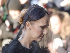 Public pays respects to Celine Dions husband Rene Angelil before funeral