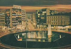 Athens - Omonoia square at night Old Photos, Vintage Photos, Architecture People, Athens Greece, Beauty Photos, Historical Photos, Vacations, Cities, Greek