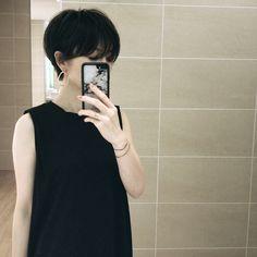 大人ショートになりました! - Makeup Tips Summer Asian Short Hair, Short Hair Cuts, Short Hair Styles, Japanese Short Hair, Makeup Tips Summer, Pelo Pixie, Hair Reference, Black Women Hairstyles, Brazilian Hair