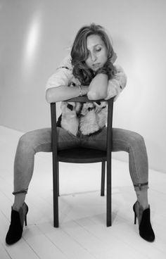 'fashion & sensuality'  si ringrazia HENRYTIMI per la disponibilità e cordialità dimostrataci per questo shooting dandoci la possibilità di utilizzare tutti i loro spazi. GRAZIE Models: #Nerose Fashionblogger Brand | #Rekindled . Avanguardia italiana  Ph I Eli Losco Photography Video | #Manuel Di Mulo Hair I #Hair! Crema Location | #HenryTimi show-room, Milano
