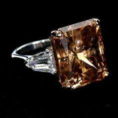 Diamond rings 668995719622357264 - Twenty Carat Fancy Chocolate Brown Radiant Cut Diamond Ring CE Source by arlettedesteve Diamond Jewelry, Jewelry Rings, Fine Jewelry, Diamond Bracelets, Trendy Jewelry, Jewellery Box, Luxury Jewelry, Geek Jewelry, Vintage Jewellery