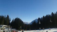 Já que estamos no inverno, o post de hoje é com dicas para você esquiar pertinho de Munique! O local: Garmisch, a cerca de 1h30 da cidade.