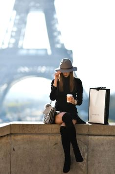 New fashion vogue photography dreams 33 Ideas Paris Fashion, New Fashion, Trendy Fashion, Fashion Tips, Fashion Boots, Travel Fashion, Fashion Websites, Affordable Fashion, Street Fashion