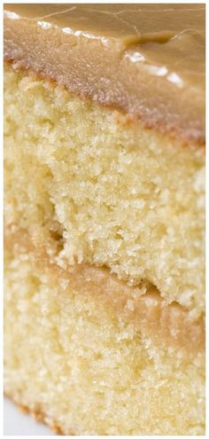 Is JUST Like The Southern Caramel Cake We Remember From Our Childhood Southern-Style Caramel Cake RecipeSouthern-Style Caramel Cake Recipe Yummy Recipes, Sweet Recipes, Cake Recipes, Dessert Recipes, Köstliche Desserts, Delicious Desserts, Yummy Food, Desserts Caramel, Caramel Recipes