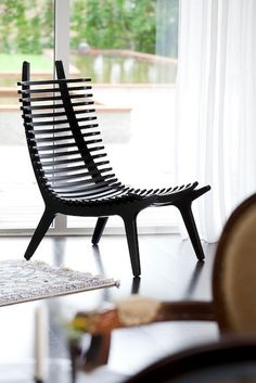 Chair -very cool looking but is it comfortable? Worried my backside will look like it's been beaten with a lacrosse stick.Slatted Chair -very cool looking but is it comfortable? Worried my backside will look like it's been beaten with a lacrosse stick. Classic Furniture, Unique Furniture, Diy Furniture, Furniture Design, Furniture Stores, Decoupage Furniture, Furniture Websites, Furniture Dolly, Inexpensive Furniture