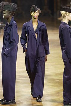 Yohji Yamamoto Spring 2003 Ready-to-Wear - Collection - Gallery - Style.com