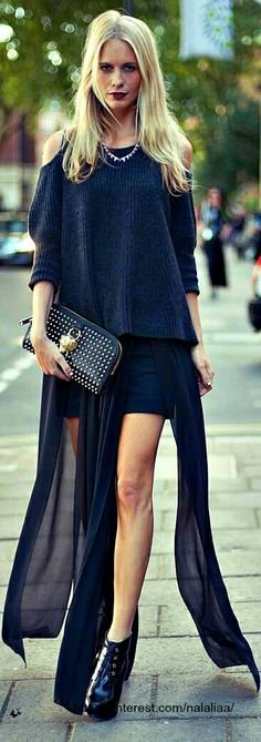 Faldas lasgas y con abertura, ¿te atreves con ellas?
