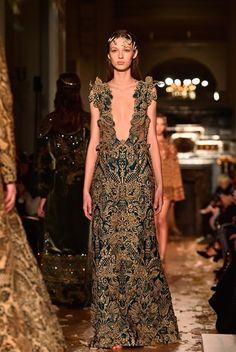Valentino Haute Couture | Primavera/verão 2016 - Desfiles - Máxima.pt