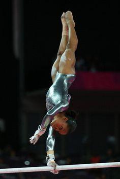 10 Gorgeous Gymnastics Photos: Gabby Douglas, 2012 Olympics