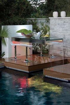 Outdoor space by Phil Kean Designs  #philkean  #modernhomeplans