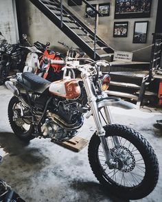 On BikeBound.com: Yamaha XT600 Scrambler by @tntcustom of Vietnam. Link in Profile #xt600 #dualsport #enduro #scrambler #tracker