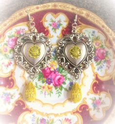 Check out this item in my Etsy shop https://www.etsy.com/listing/512948885/vintage-yellow-roses-earrings-shabby