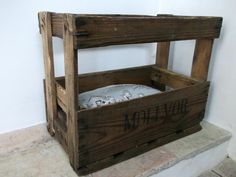 Must look for old crates to make this: Crate cat bed!