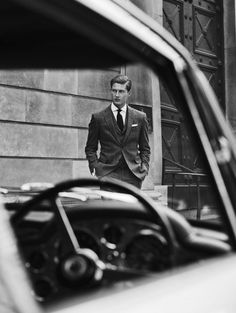 the-suit-man: Suits and mens fashion inspiration… Portrait Photography Men, Photography Poses For Men, Creative Photography, Photography Classes, Photography Portfolio, Car Poses, Men Photoshoot, Comme Des Garcons, Mens Fashion